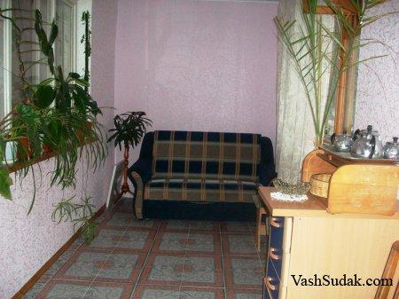 Двухкомнатная квартира ул. Мичурина. Судак