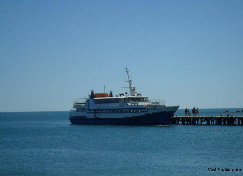 Морские прогулки и экскурсии из Судака